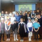 В Красносельской школе состоялся праздник, посвященный Покрову Пресвятой Богородицы