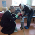 12 детей с ограниченными возможностями причастились Святых Христовых Тайн